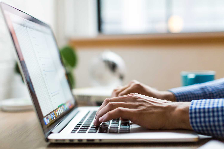 Como melhorar a digitação para concursos públicos